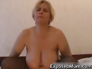mother of three volunteers for threesome part1