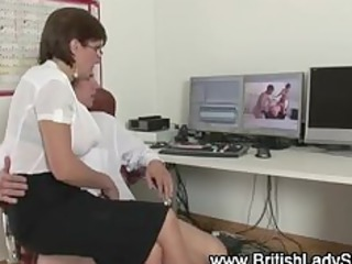 posh brit lady sonia sucks cock