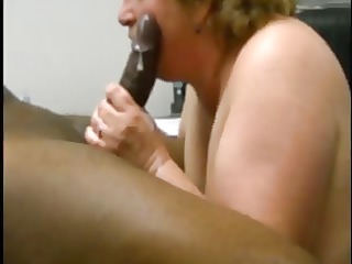 matura fa sborrare un cazzo nero