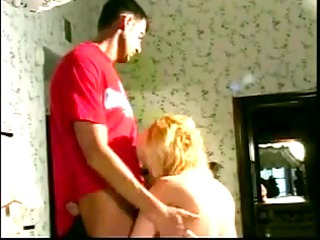 stacked blonde mommy takes hunks creamy facial on