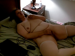 nude bulky wife