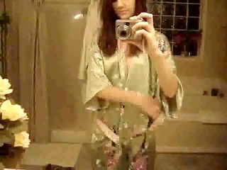 hawt wife taks naked photos and videos