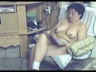 my mum home alone completely bare masturbating