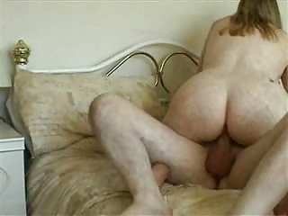 mama fucking with her boyfriend