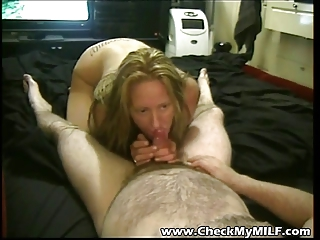 non-professional d like to fuck sucking hubbys