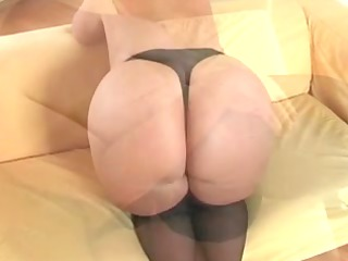 busty plumper mother id like to fuck in nylons