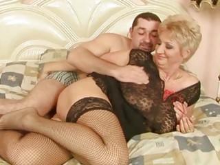 grandma enjoys worthwhile sex with her boyfriend
