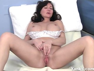 youthful looking d like to fuck