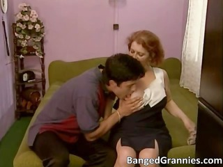 excited bigtit brunette woman blows part0
