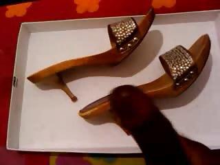 wife shoe cum