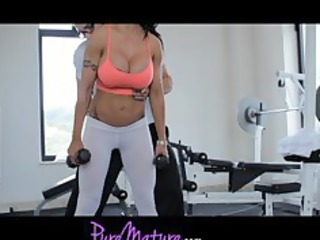 puremature supple sexy mother i jewels jade