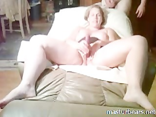 mother i slut stuffing muff with fingers and