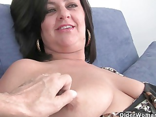 older lady with big mambos acquires finger screwed
