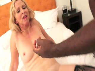 anna belle brady as jets coachs freaky wife on