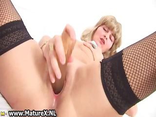 lustful aged housewife with golden part1