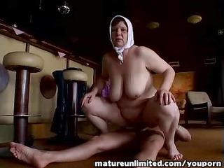 granny on top fuck