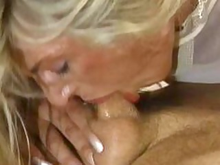 bodybuilding older women big clitoris boobs anal