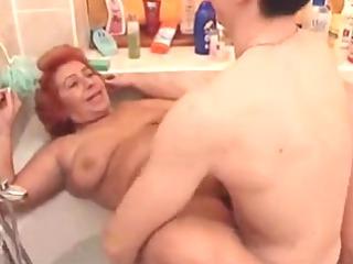 large pretty woman granny fuck in the tub