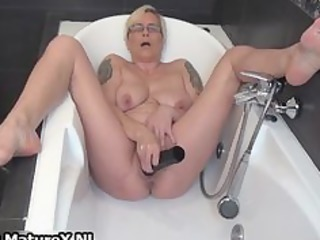 horny mature lady fucking her own tight part5