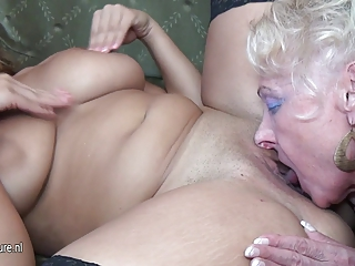 sexy gal fuck older lesbian babes at one time