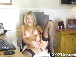 sexy blonde d like to fuck decides to masturbate