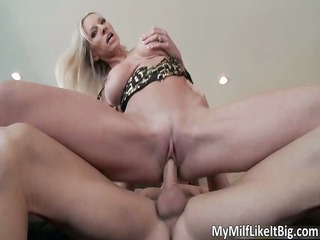 hot blonde d like to fuck emma starr acquires
