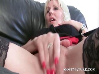 lesbian aged pair teasing hawt twat