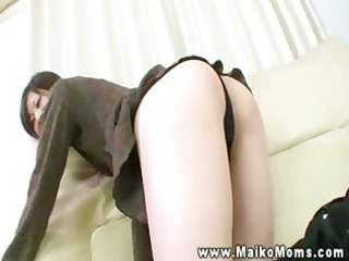 shy hawt asian mother i shows her taut body