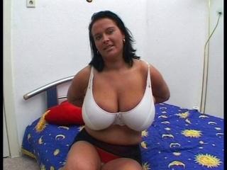 large bra buddies older want fuck
