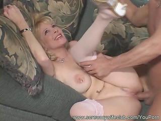 screwed wife in deep penetration