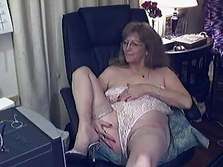 enjoyable granny with glasses 8