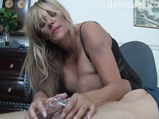 tugjob mommie - debi diamond