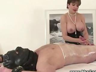 topless female-dom jerks off her bound villein