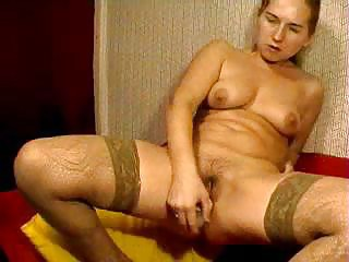 webcam russian mommy copulates her shaggy muff