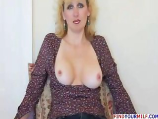 hawt aged wife gives oral-job and receives facial