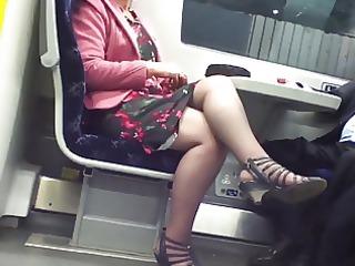 candid hawt crossed legs 1. hot mature! (+slow