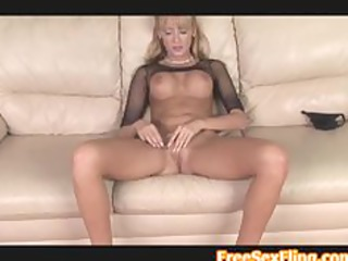 hot blond milf jerilyn paige goes solo