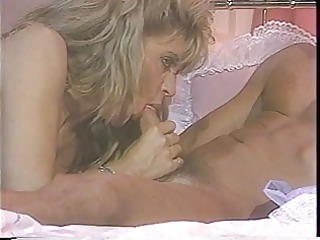 golden-haired starlet sharon kane in 01s scene