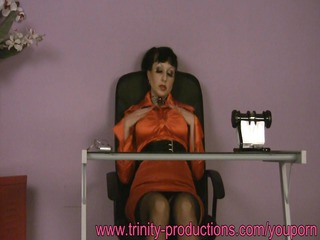 busty secretary mother i beneath the desk
