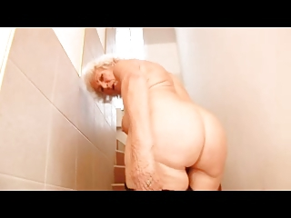 granny norma and her dildo