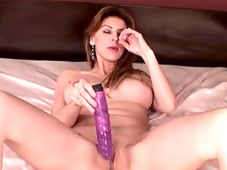 busty d like to fuck has hard orgasm
