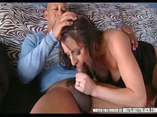 wife makes her spouse pay wife makes her spouse