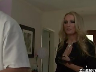 hot wife doing a horny stranger