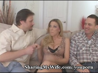 engulfing mommas wet crack clitoris