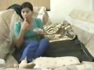pakistan wife