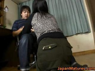 japanese milf enjoys masturbation part5