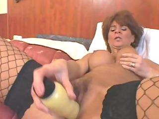 she is got threesome nice-looking big lips down