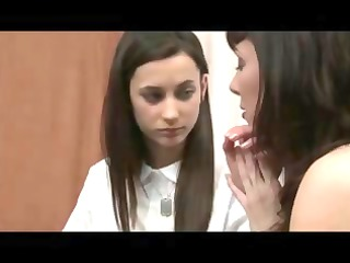 mother shows daughter how to be a lesbo d211