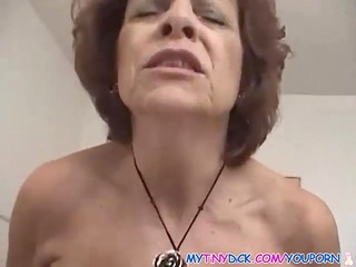 d like to fuck acquires exposed with a diminutive