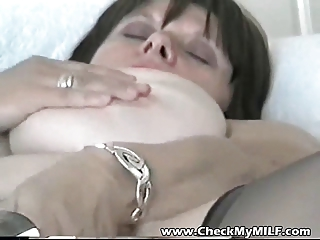 dilettante big beautiful woman milf with her toy